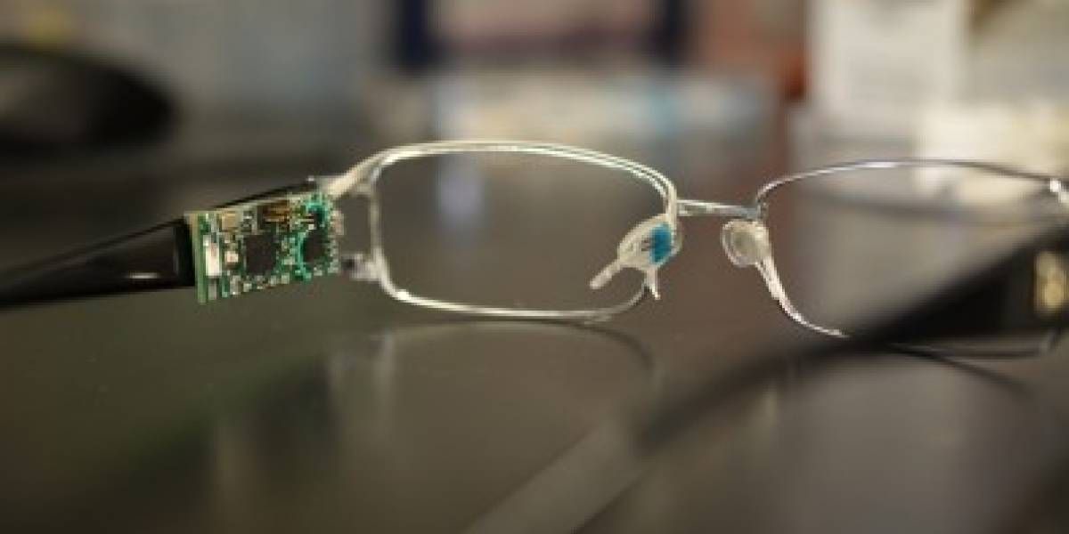 Pesquisa desenvolve óculos que mede nível de glicose, álcool e vitaminas através das lágrimas