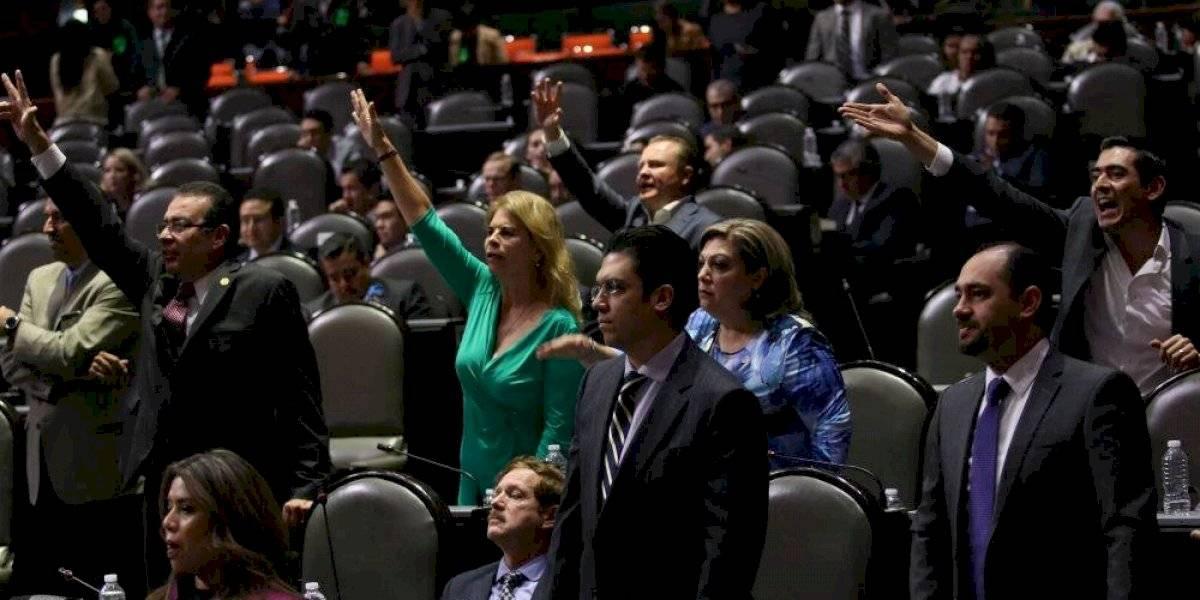 Diputados intercambian insultos por ataque a familia LeBarón