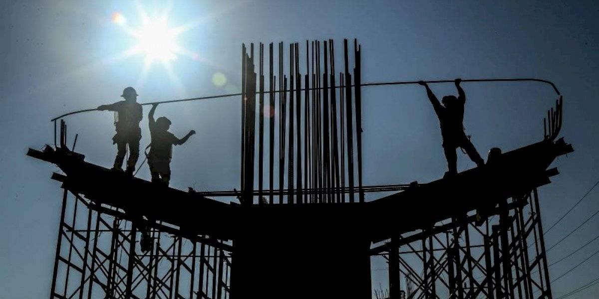 Factores externos frenan inversiones en México, asegura director de la BMV