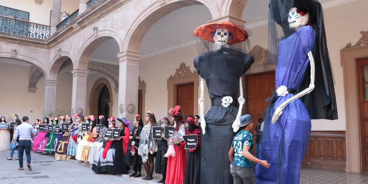 Catrinas en Nuevo León marchan para exigir un alto a los feminicidios
