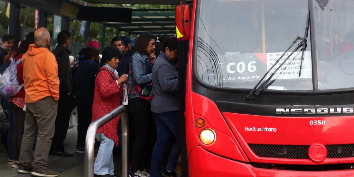 Conexión con Metro: Buses a Puente Alto saldrán desde estación Cristóbal Colón por incidentes en Tobalaba