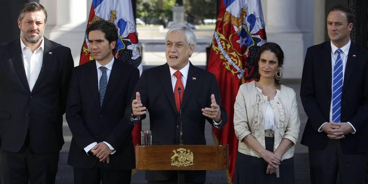 Aumento sueldo mínimo garantizado: Piñera firma proyecto de agenda social para establecer ingreso en $350.000 bruto