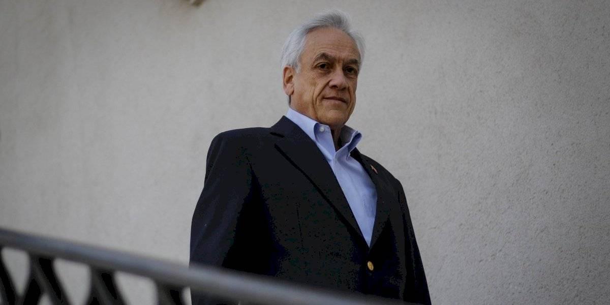 """Carlos Peña con todo: rector de la UDP tilda de """"inútil"""" a Sebastián Piñera por su gestión en el estallido social en profunda columna"""