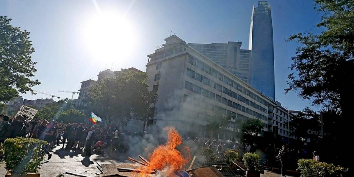"""Nivel de violencia """"inédito"""" : Alcaldesa de Providencia rechazó disturbios y saqueos en la comuna"""