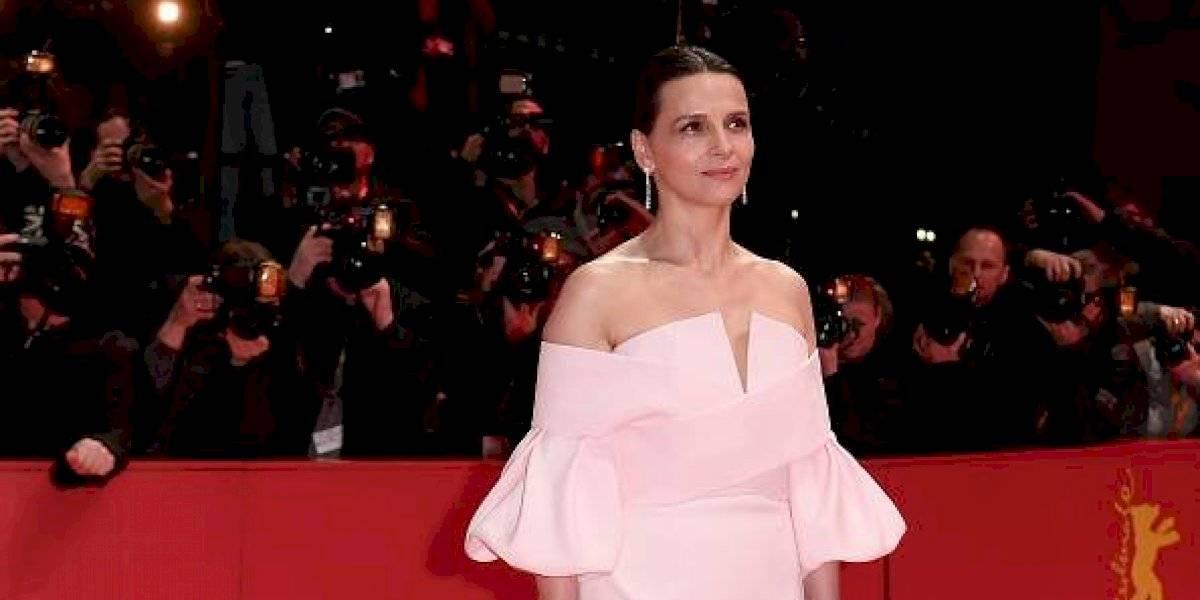 """""""Amazing Chile"""": actriz Juliette Binoche envía su apoyo a las manifestaciones y comparte registros de las movilizaciones"""