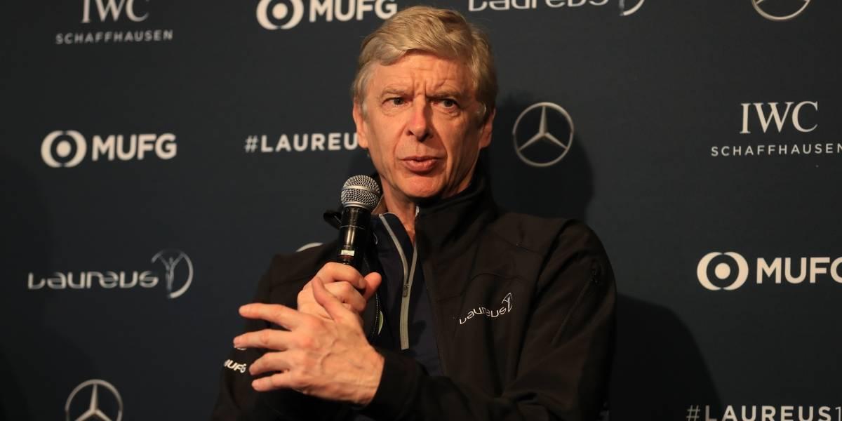 'Barcelona juega como un equipo en crisis': Arsene Wenger