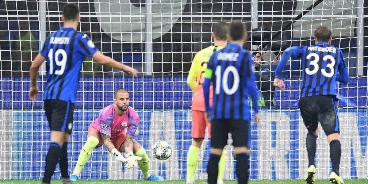 VIDEO: Walker termina como portero en empate del City y Atalanta
