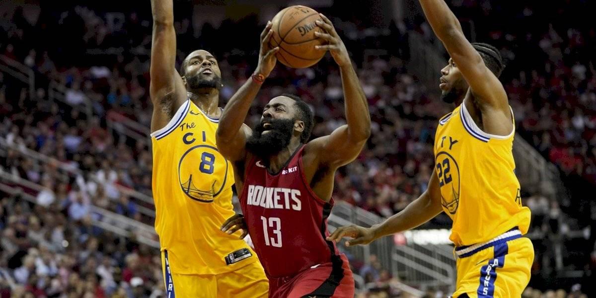 NBA: El Barba Harden impulso a los Rockets para barrer a unos pobres Warriors que se hunden en el fondo