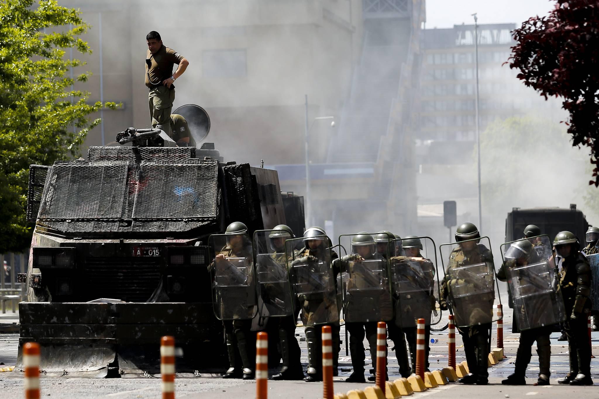 Carabineros se queja y tipifica como delito uso de láser contra helicóptero institucional