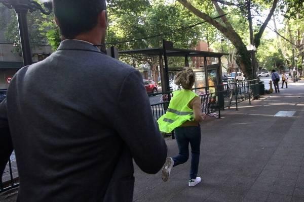 Alcaldesa Evelyn Matthei dirigió el tránsito y arrancó de la prensa