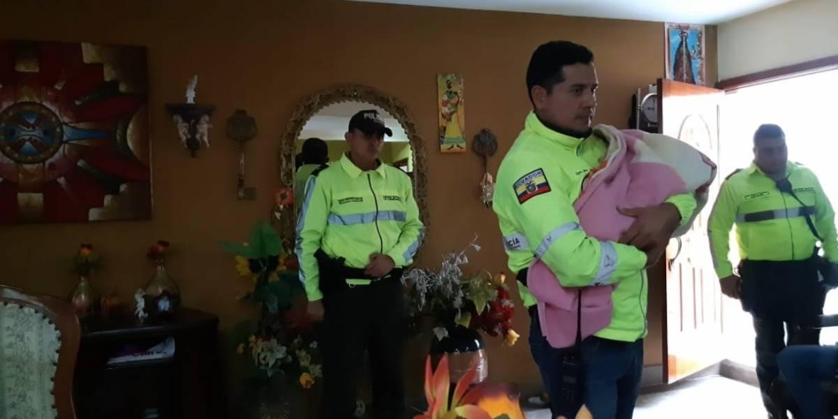 Rescatan a guagua recién nacida secuestrada cuya mamá fue asesinada