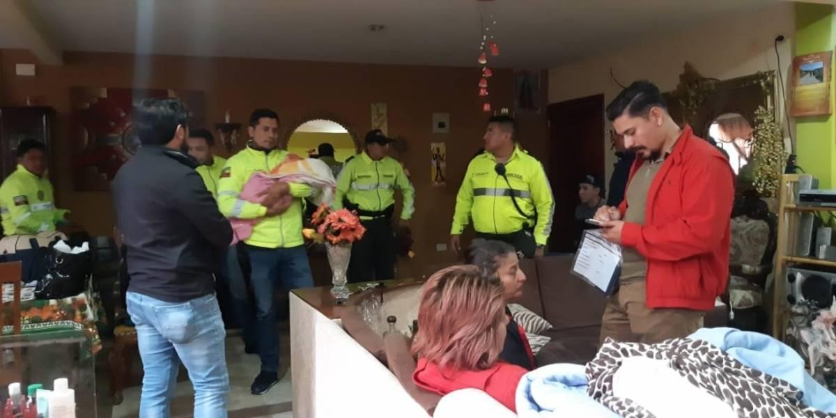Mujer con prisión preventiva por presunta participación en asesinato de joven en Guayaquil para secuestrar a su hijo y venderlo
