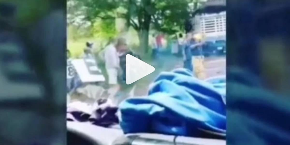 [VIDEO] Así quedó la camioneta en la que se movilizaba el padre de Claudia Bahamón