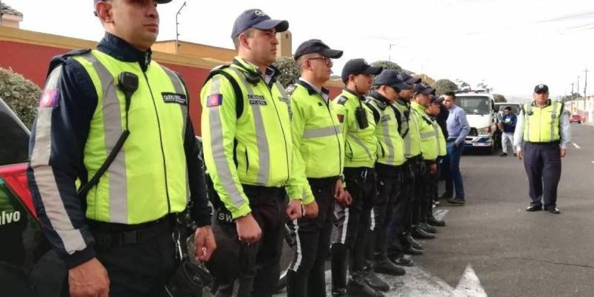 Quito: Sanción para ciudadano por agredir a un agente civil de tránsito