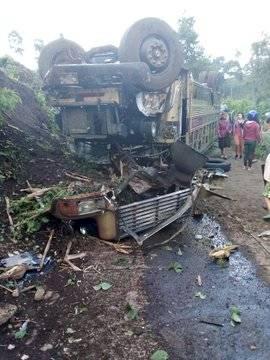 choque de bus extraurbano en Amatitlán
