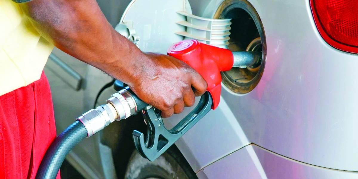 Motorista não precisa arcar com quantidade de combustível que não solicitou