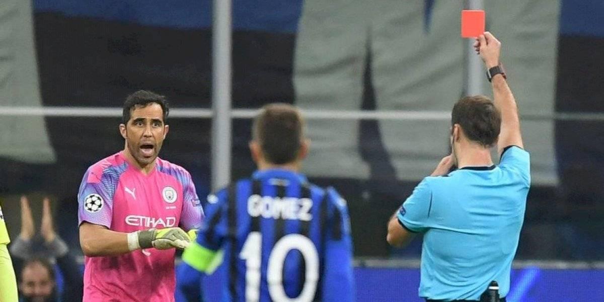 """El sincero reclamo de Claudio Bravo: """"En ningún momento hago falta, ni menos tengo intención de golpear al rival"""""""