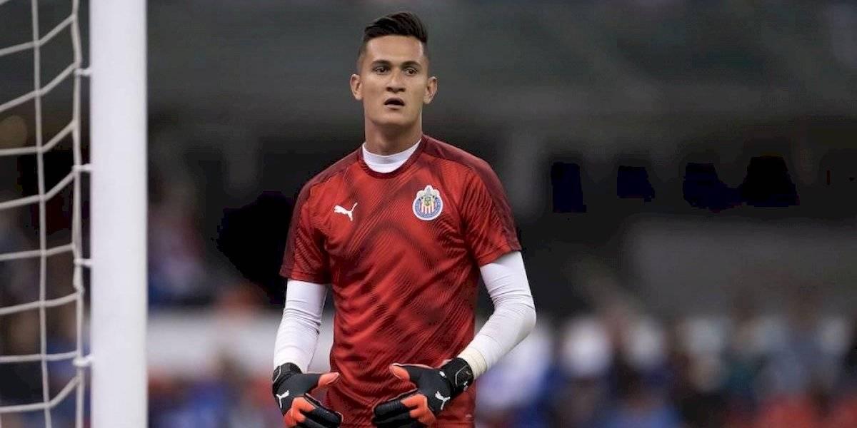 Raúl Gudiño no cierra la puerta a posible salida de Chivas