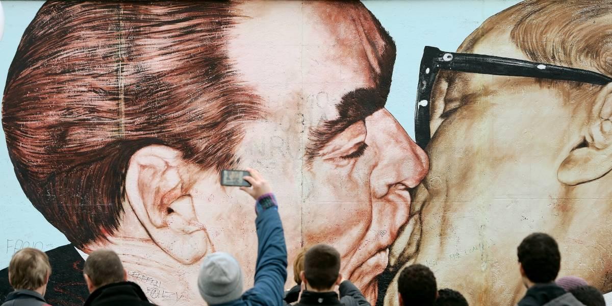 Queda do Muro de Berlim, símbolo máximo da Guerra Fria, completa 30 anos no sábado