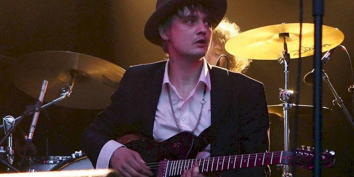 El cantante inglés Pete Doherty fue arrestado en París, comprando cocaína - Espectáculos