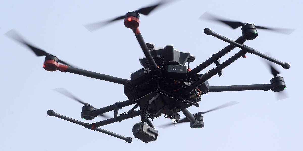 Plan de vigilancia de Sebastián Piñera contempla 17 drones sobrevolando Santiago