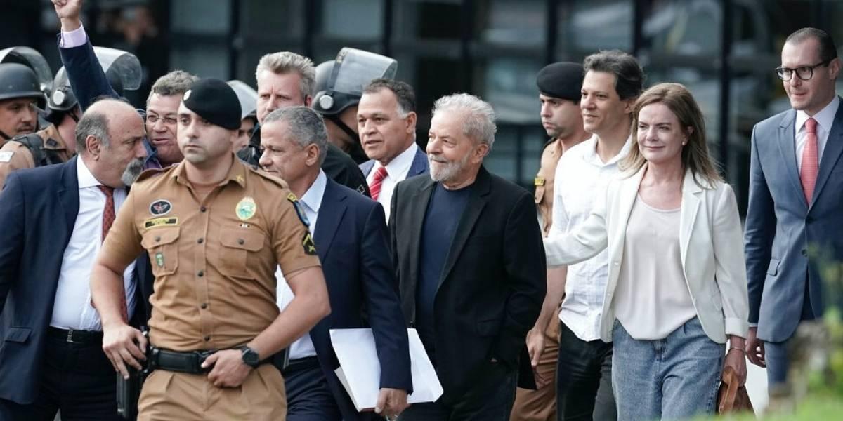 Lula dejó la prisión en Curitiba tras orden de juez federal