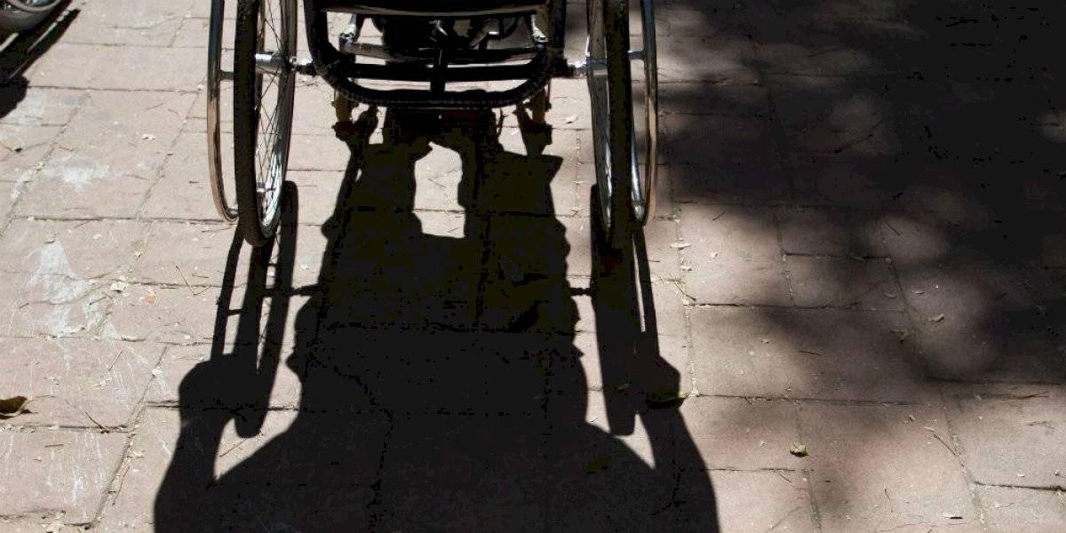 Detienen a 'discapacitado' por intentar robar un auto en Aguascalientes
