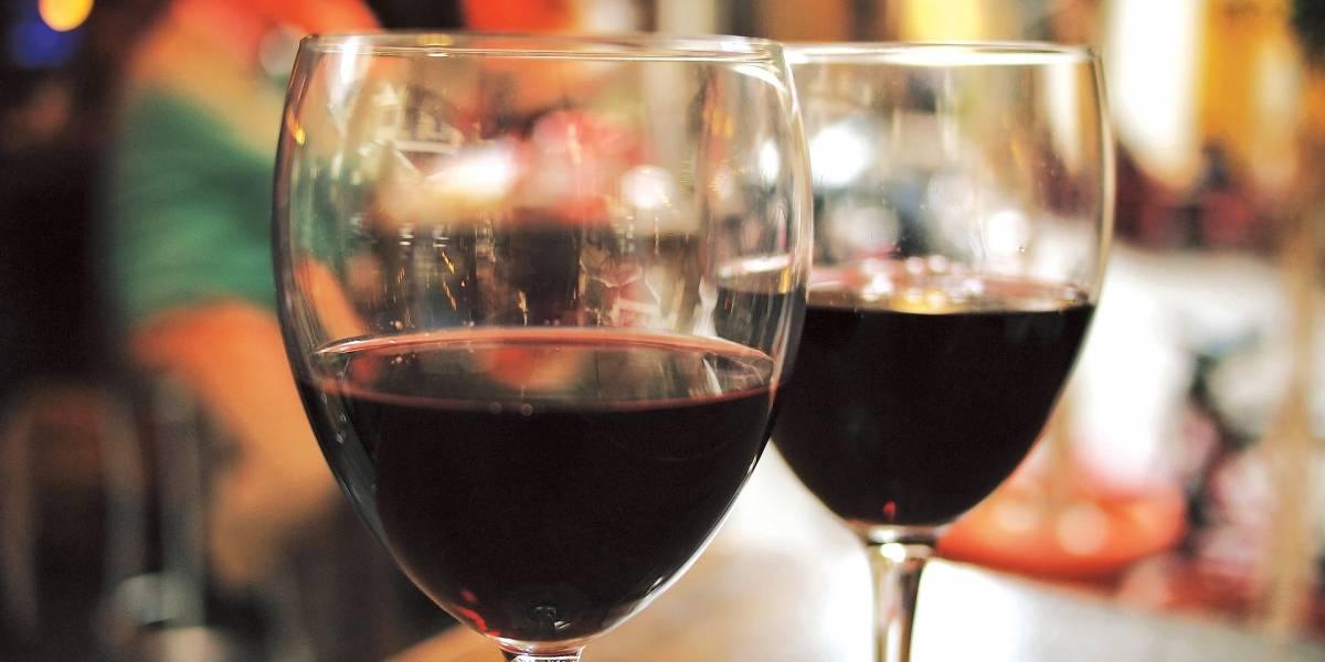 Sommelier dá dicas para conservar qualidade do vinho em dias quentes