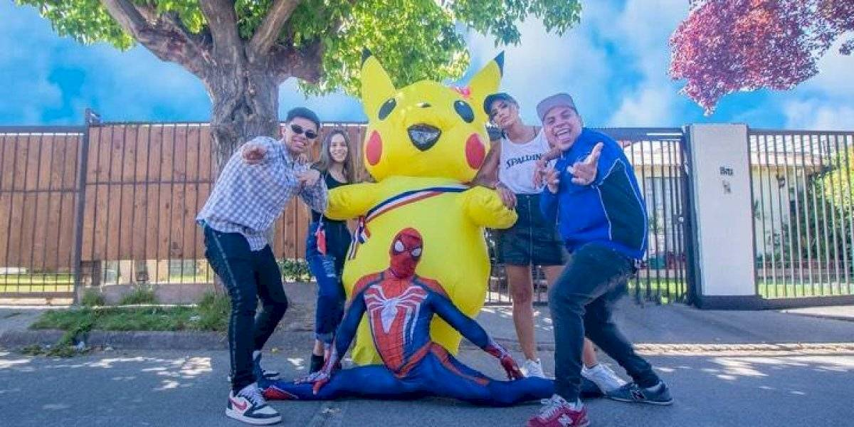 """""""Esto no prendió"""": Camila Recabarren, """"Baila Pikachu"""" y """"Estúpido y Sensual Spiderman"""" se unieron en hilarante video que ironiza con frase de ex gerente de Metro"""