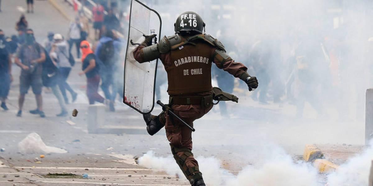 Para prevenir abusos policiales: proponen creación de una Escuela de Derechos Humanos para Carabineros