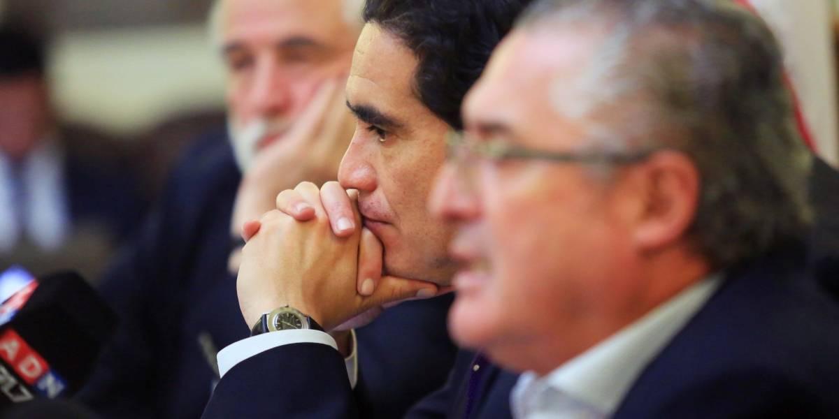 """Con impuesto inmobiliario a """"súper ricos"""" y rebajas a adultos mayores: Comisión de Hacienda del Senado llega a acuerdo con Briones por reforma tributaria"""