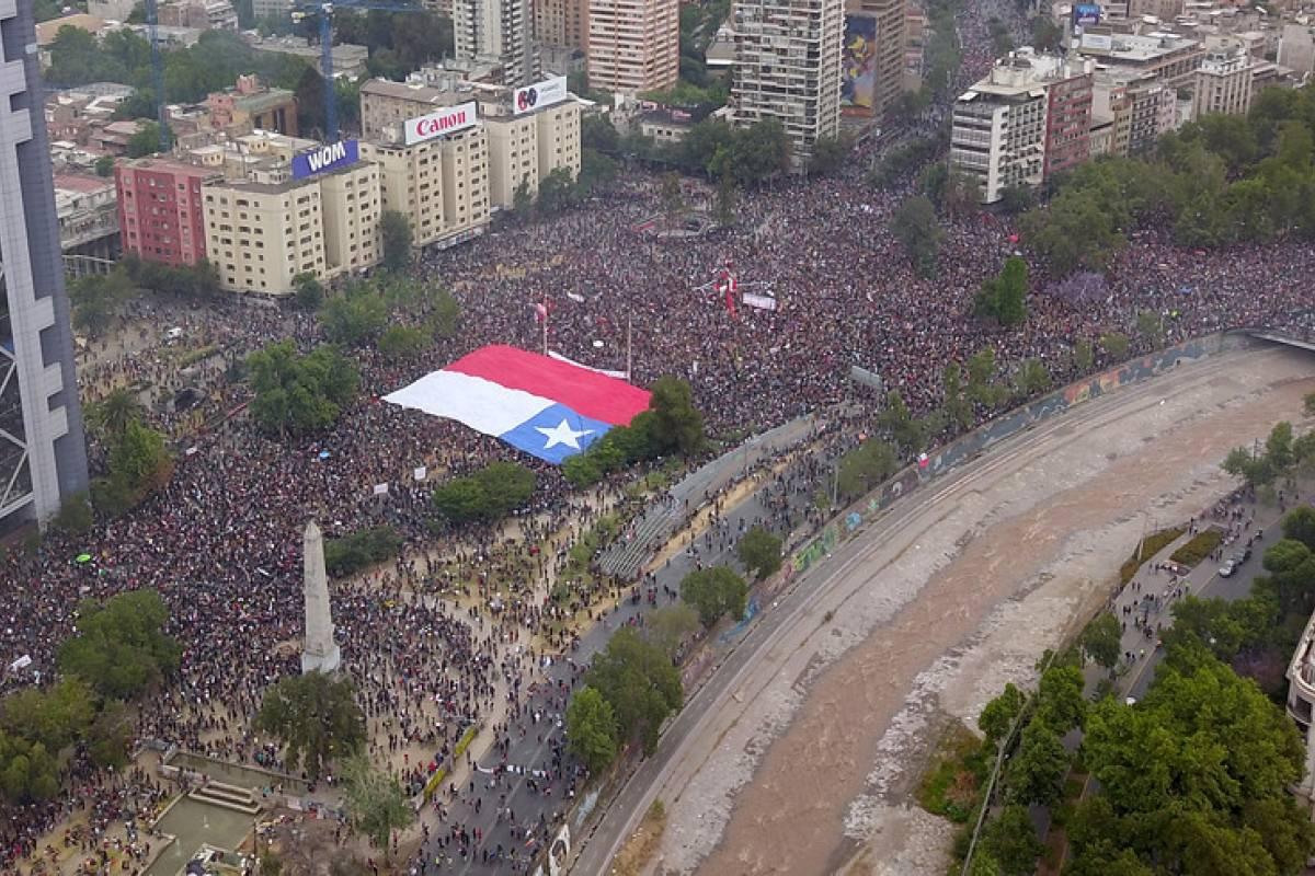 """""""Plaza de la Dignidad"""": concejales de Providencia inician campaña de firmas para cambiar nombre a la Plaza Italia - Publimetro Chile"""