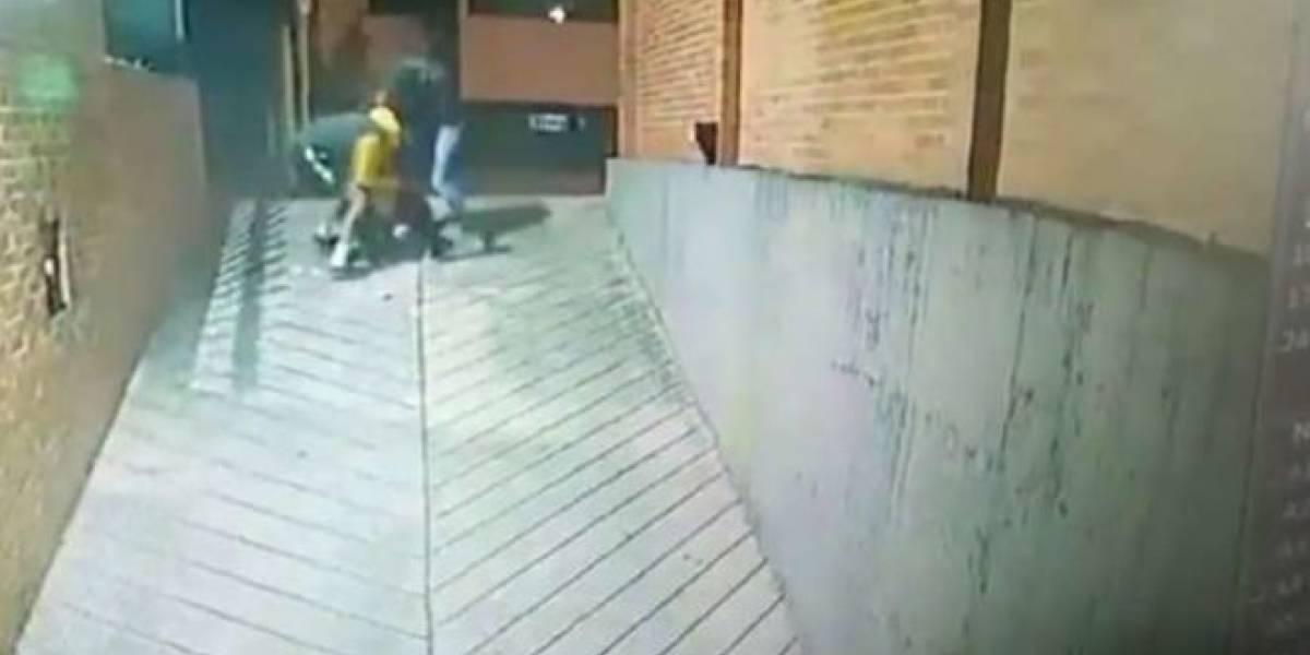 Ladrones en Bogotá golpean a una mujer al intentar robarle su alcancía