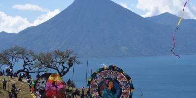 Segundo festival consecutivo de barriletes gigantes en Sololá.