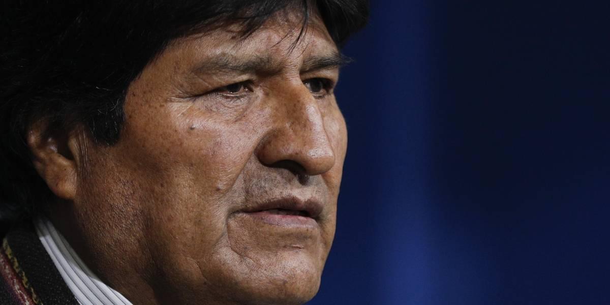 Bolivia: Militares y policías piden a Evo Morales que dimita para pacificar al país