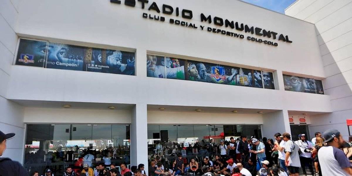 """Club Social y Deportivo Colo Colo condenó la violencia y represión: """"Ha costado vidas y ha llenado de heridos y heridas los hospitales de Chile"""""""