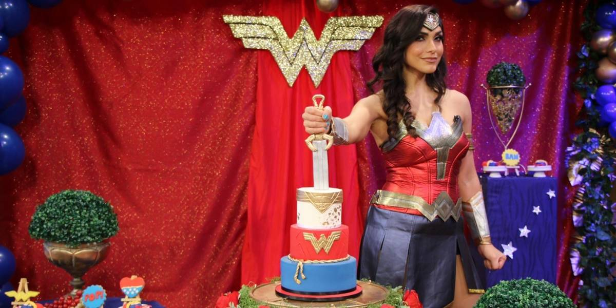 Celebran a Yizette Cifredo vestidos de superhéroes