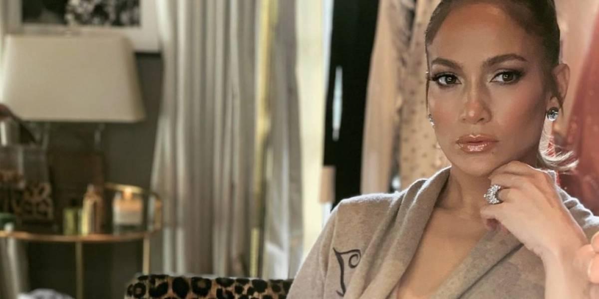 Jennifer Lopez no teme a mostrar de más a sus 50 años
