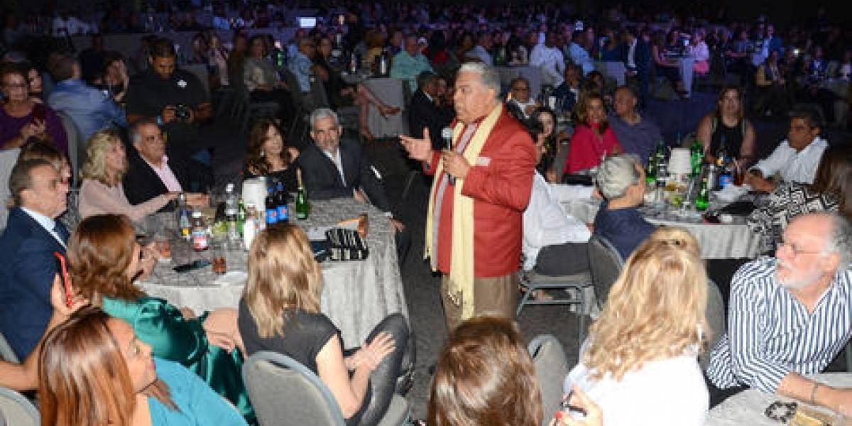 Danny Rivera presentó concierto romántico en el Hotel Jaragua