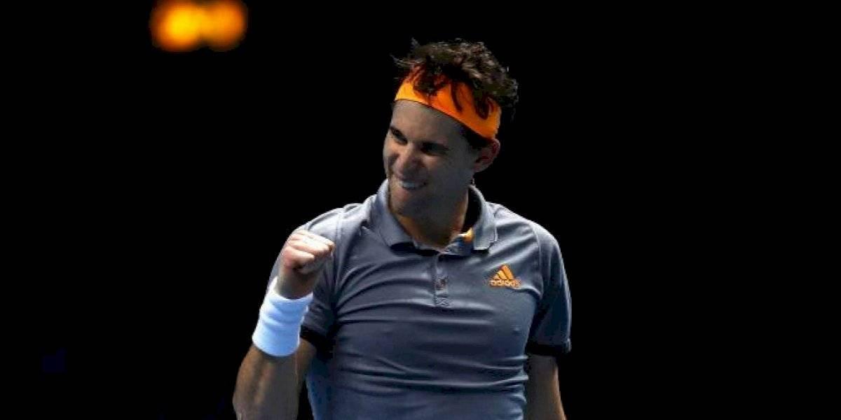 Dominic Thiem sorprendió a Roger Federer y lo derrotó en su debut en el ATP Finals de Londres