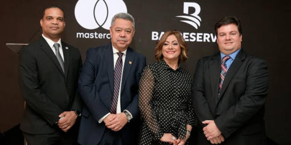#TeVimosEn: Presentan al mercado dominicano nueva tarjeta Mastercard Black Banreservas