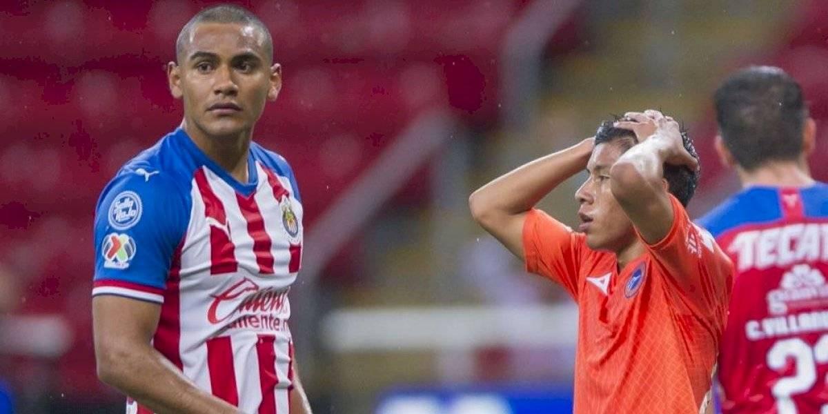 Luis Fernando Tena le devuelve la confianza a Chivas