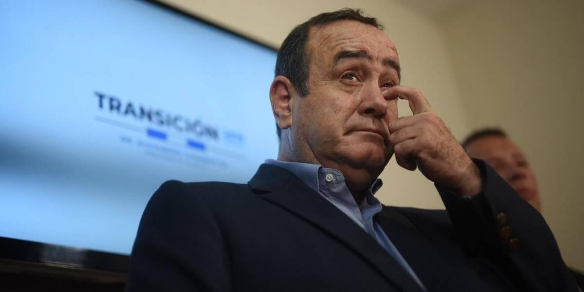 """Giammattei a diputados por presupuesto 2020: """"Que Dios los ilumine"""""""