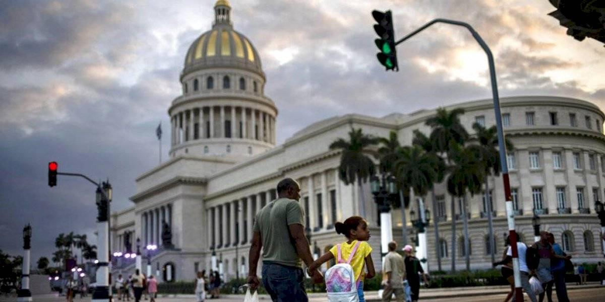 """A días de terminar su presidencia Donald Trump coloca a Cuba en lista de """"estado patrocinador del terrorismo"""""""
