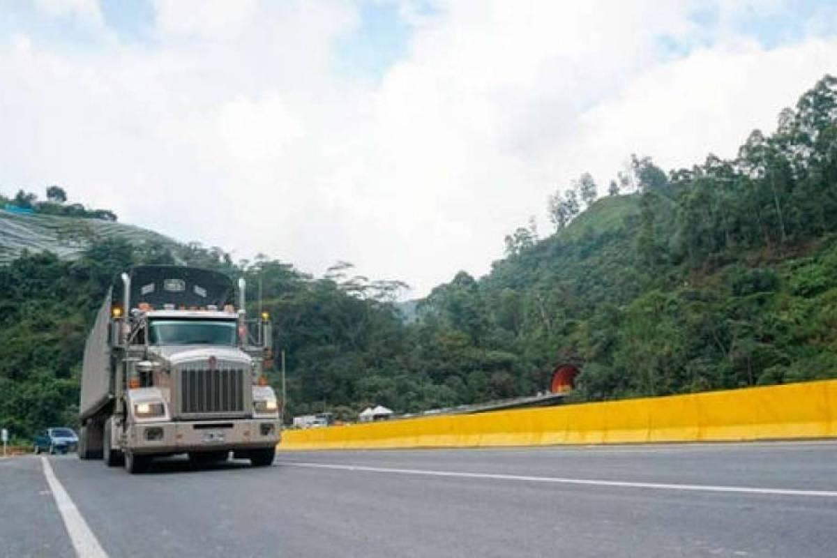 Multinacional española se adjudica último tramo de la vía Bogotá-Villavicencio - Publimetro Colombia
