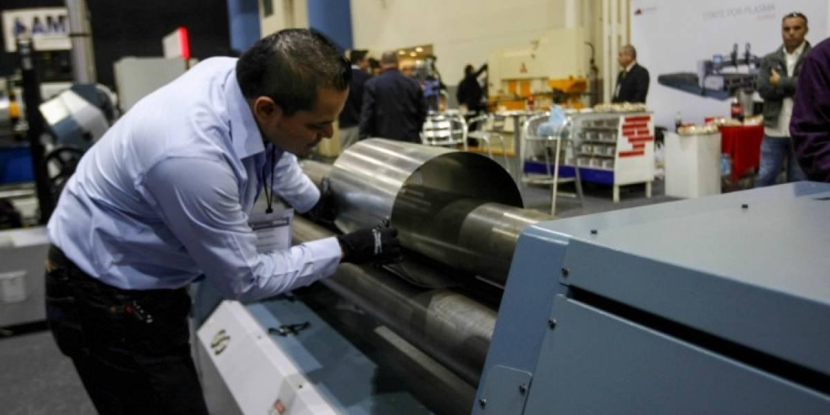 Industria de México cumple un año en recesión
