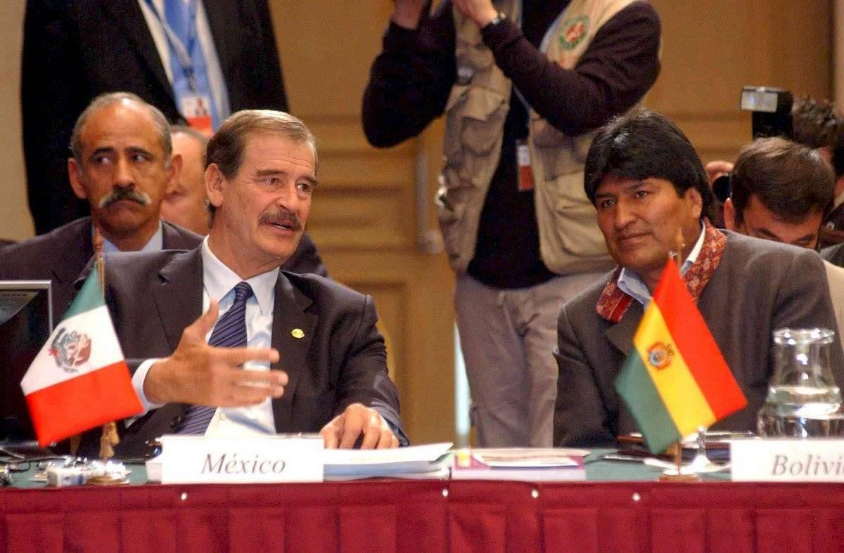 En 2006, Morales y el entonces presidente Vicente Fox coincidieron en Montevideo, Uruguay, durante la XVI Cumbre Iberoamericana, que tuvo lugar en el Hotel Radisson Montevideo