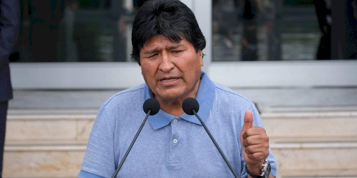 AMLO me salvó la vida, dice Evo Morales al llegar a México