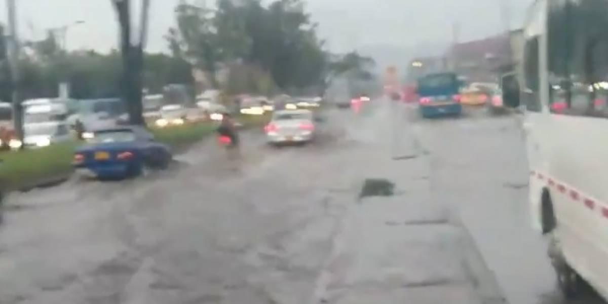 (Video) Bogotá amanece inundada en varios sectores tras aguacero nocturno