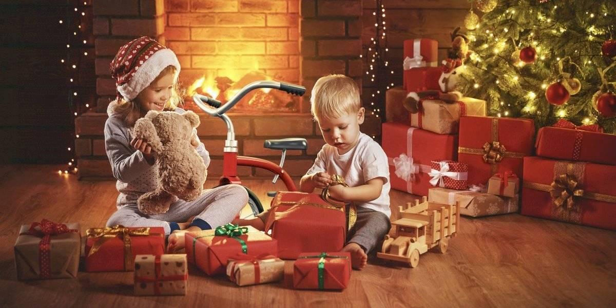 Portales recibe su Navidad con mágica obra de teatro y espectacular show de luces